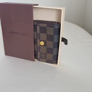 LOUIS VUITTON VINTAGE DAMIER SMALL COINS WALLET